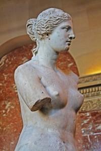 A Vênus de Milo - uma das mais disputadas obras de arte do Louvre. © Marina Aurnheimer /  Imagina na Viagem