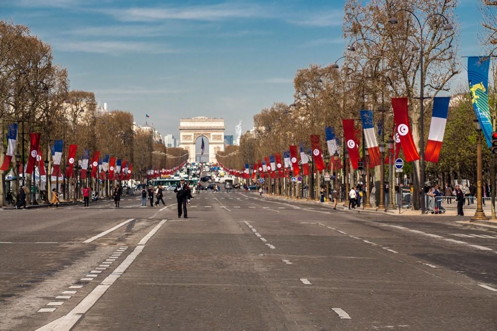 Hop-On Hop-Off em Paris © Imagina na Viagem