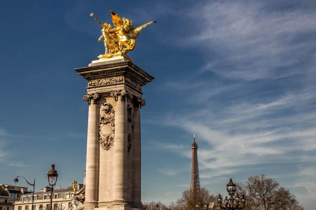 Ponte Alexandre III e Torre Eiffel
