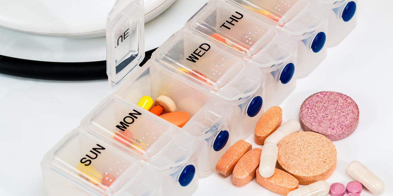 Remédios para viagem: o que levar na farmacinha de viagem?